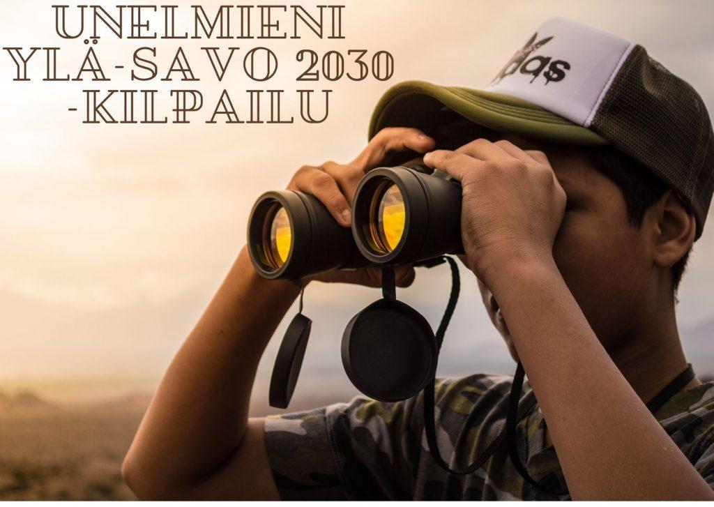 Poika katsoo kiikarilla tulevaisuuteen kohti unelmien Ylä-Savoa.